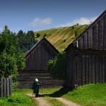 Liptovská Teplička, terraced fields, barn complex - Source: http://www.liptovskateplicka.sk/ Photo: Ivona Cimermanová